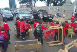 Kenyan pupils protest after Nairobi school demolished