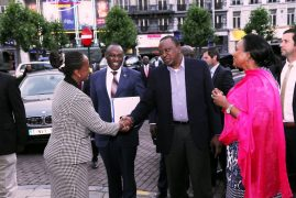 Photos:Kenya Diaspora in Belgium joined HE Uhuru Kenyatta and his delegation in singing the National Anthem