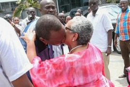 Uhuru and Margaret Kiss in Public as Social Media Goes into a Frenzy