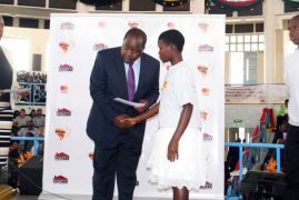 587 top students given this year's 'wings to fly' scholarships
