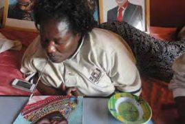 Mary Wanja the painter without arms