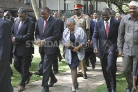 Laughter as President 'sets record straight' on his visit to Uganda during President Museveni swearing in