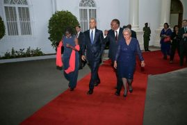 (VIDEO AND PHOTOS) Obama At State House Dinner