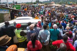 Raila changes tack on six-piece vote, embraces independents
