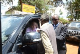 That's Munyonyi! Uhuru Picks Out Old Friend From the Crowd